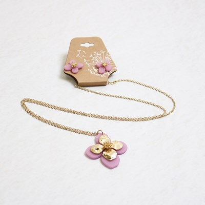 2-Piece Flower Necklace and Ear Set