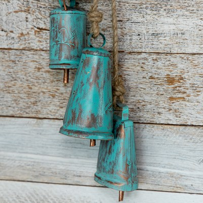 Hanging Metal Bell Cluster Decor