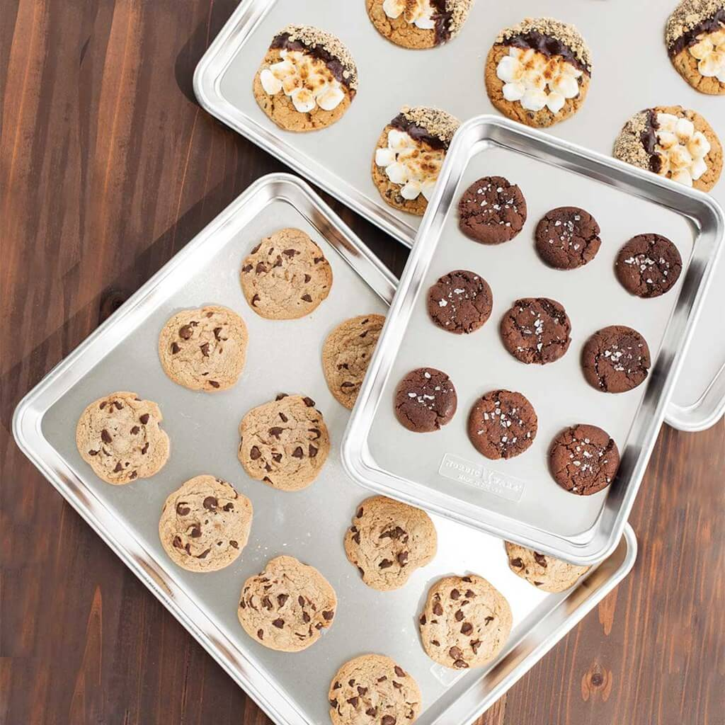 Bakers 3-pc cookie sheet set