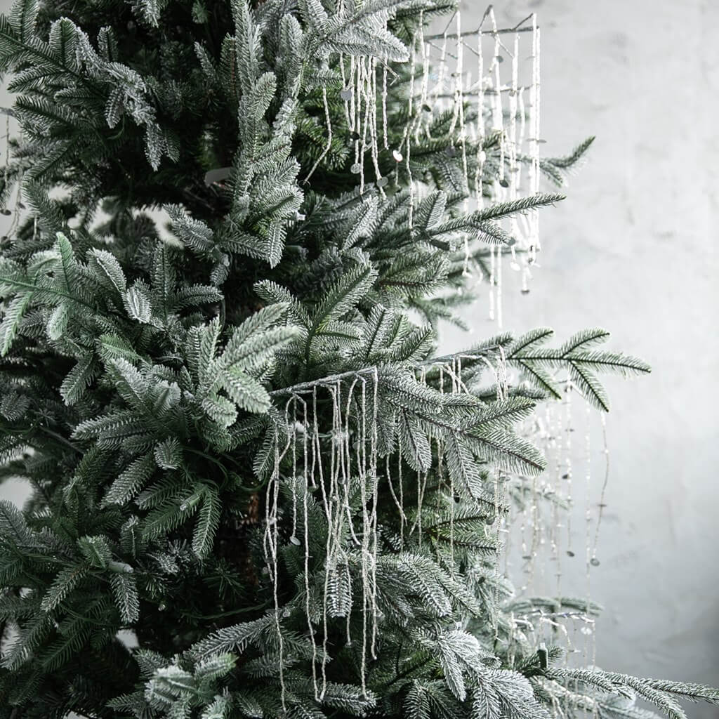 Christmas Tree Lights on green flocked tree