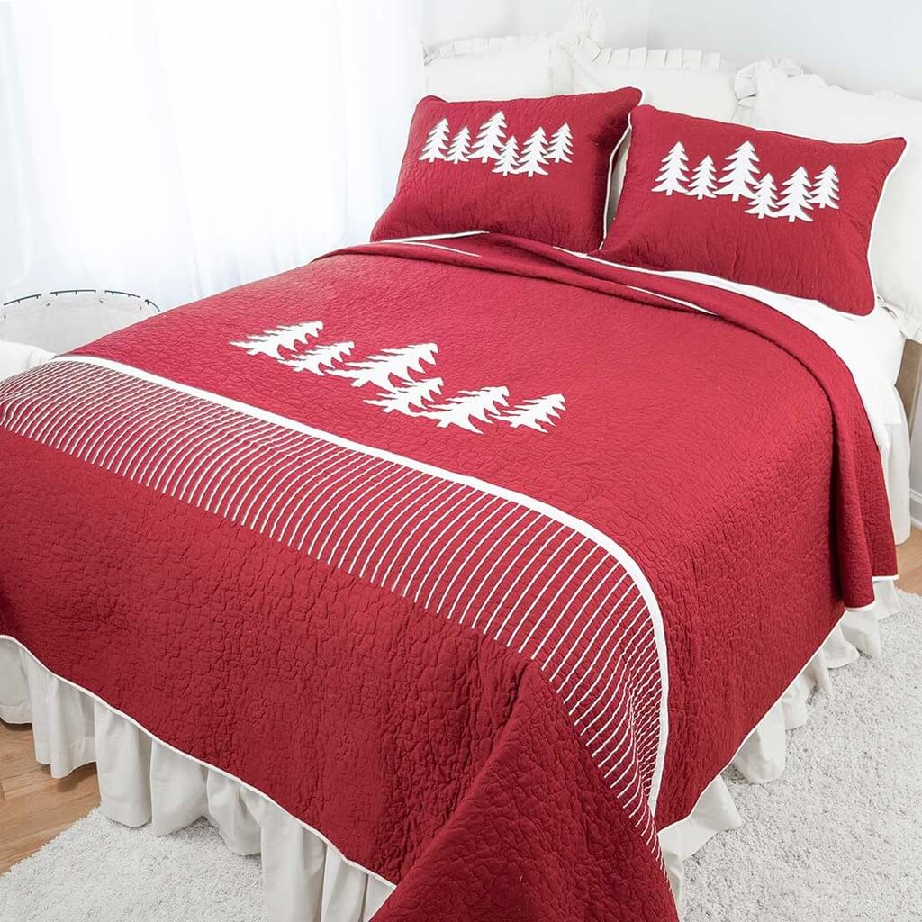 Whimiscal Red Christmas Quilt - queen sized