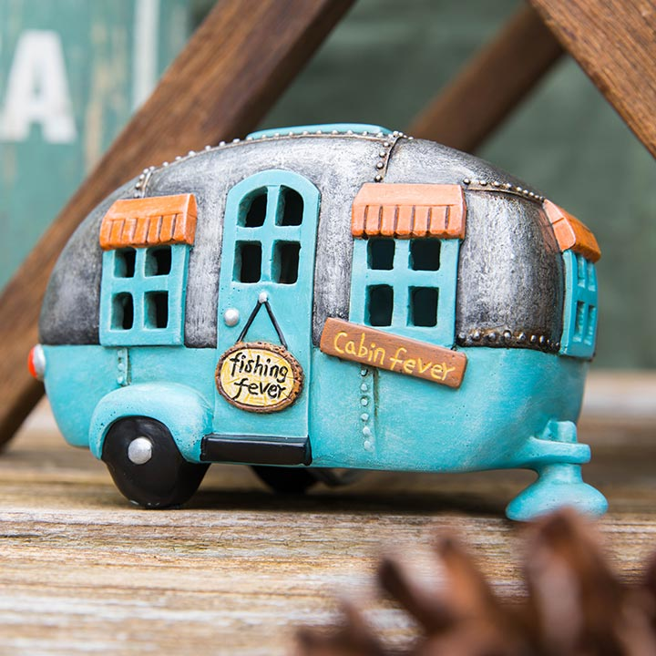 Lake Collection Camper Decor