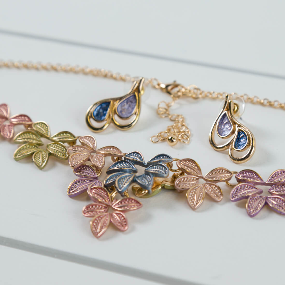 2-Piece Multi-Color Necklace