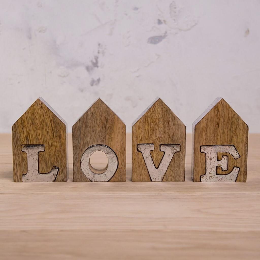 Vintage Love shelf decor