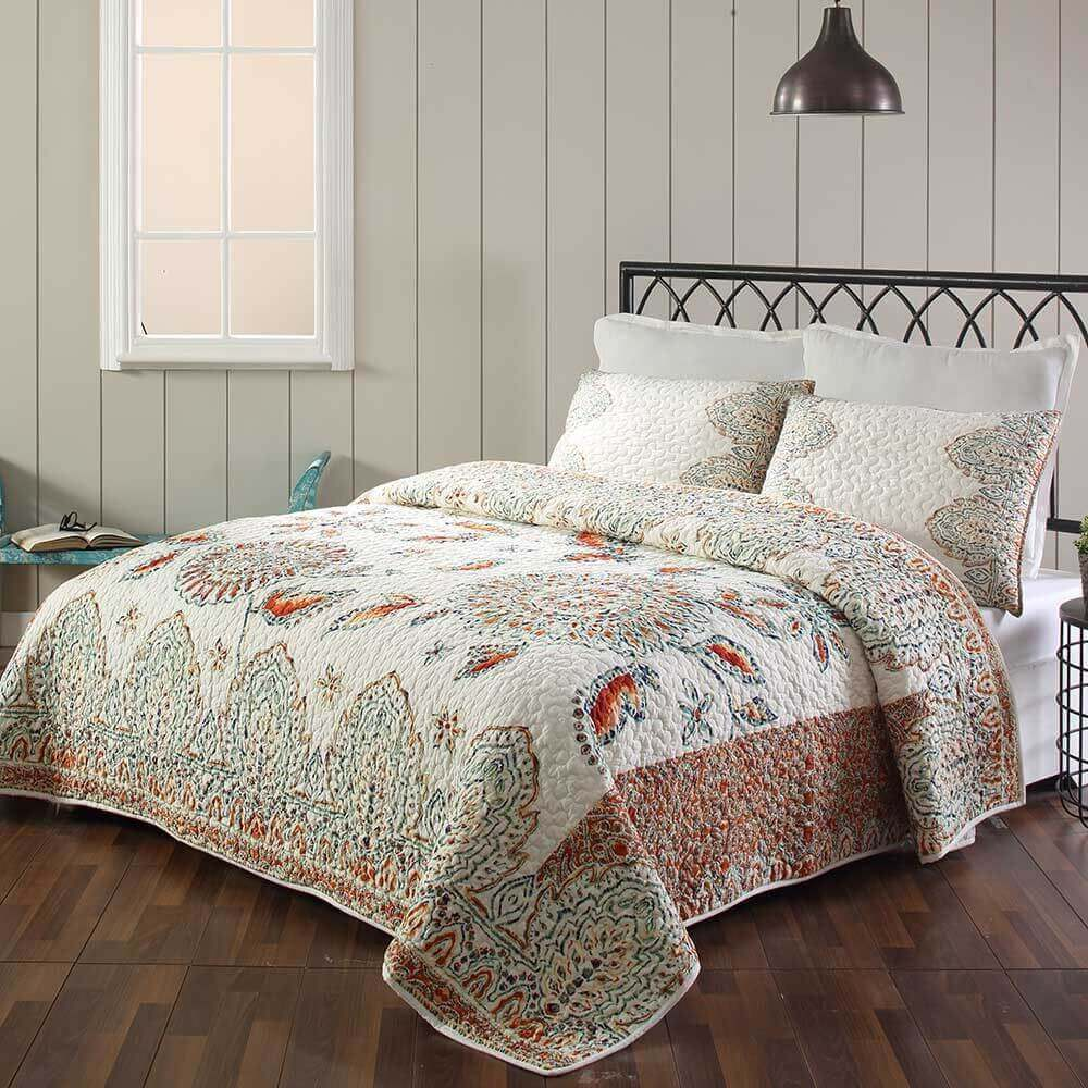 Quilts and Shams for your bedding needs