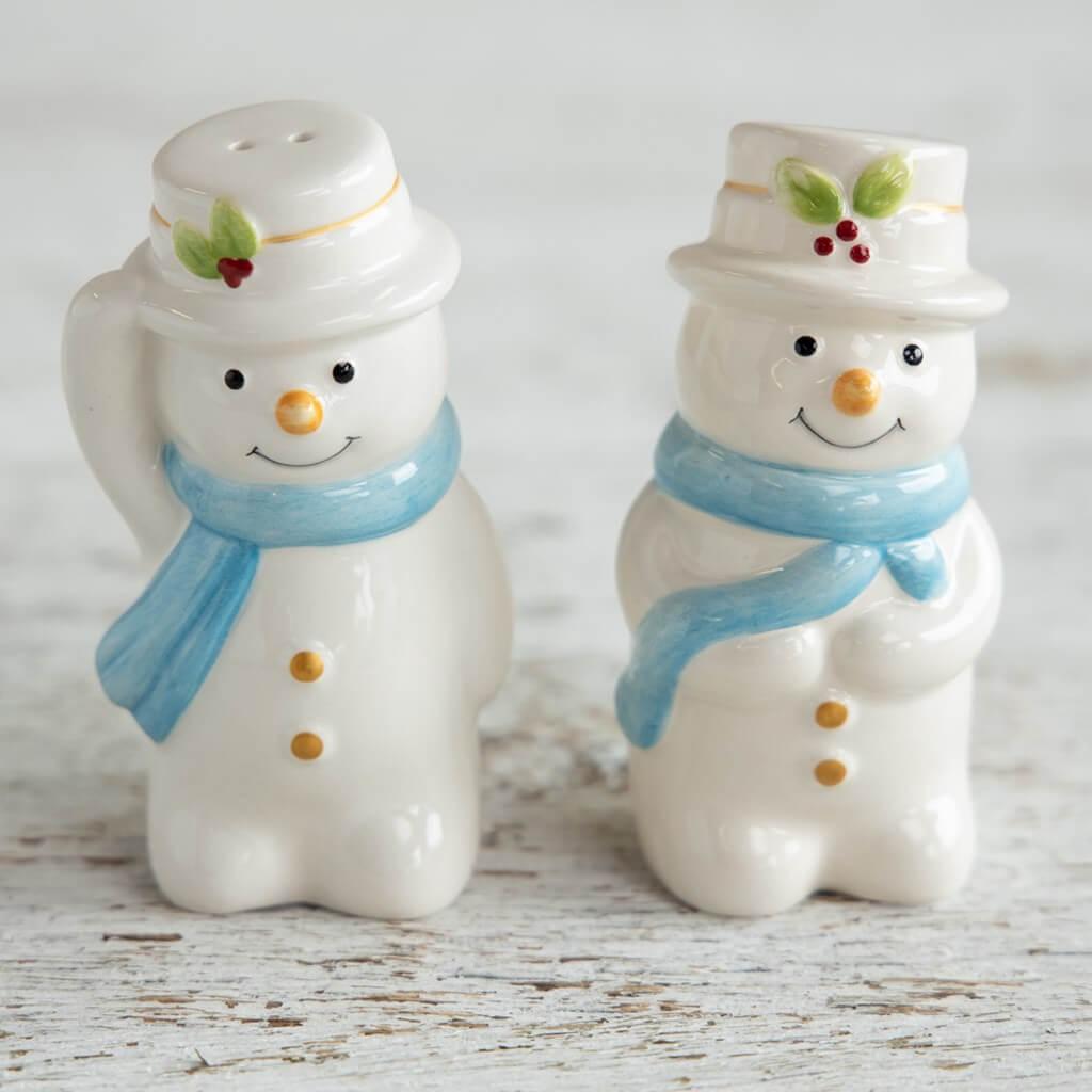 Snowmen Salt and Pepper Shaker Set