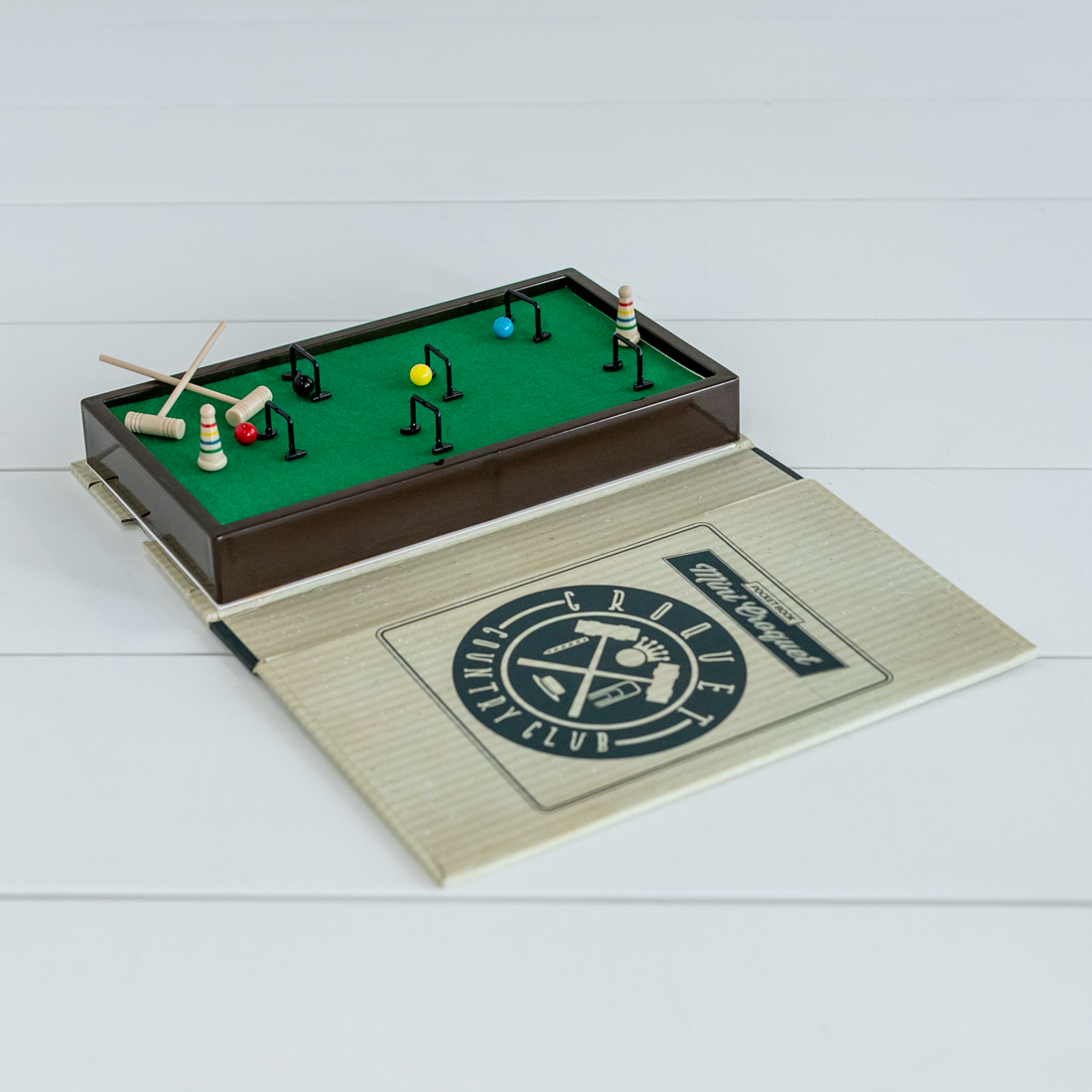 Pocker Book Croquet Game