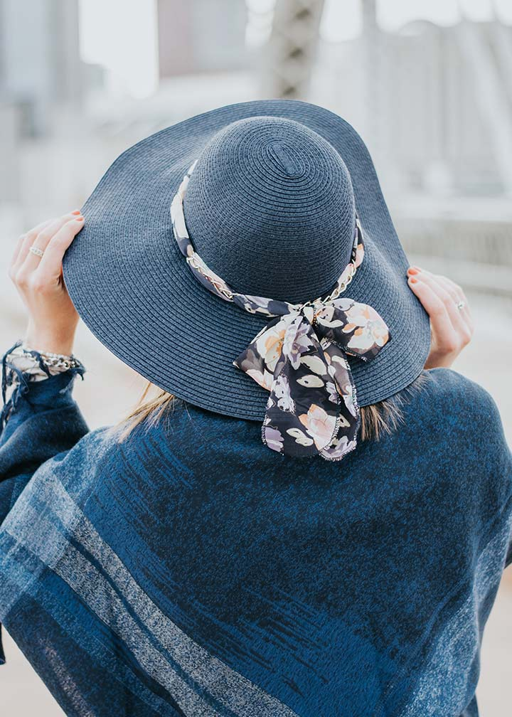 Shop Hats & Scarves