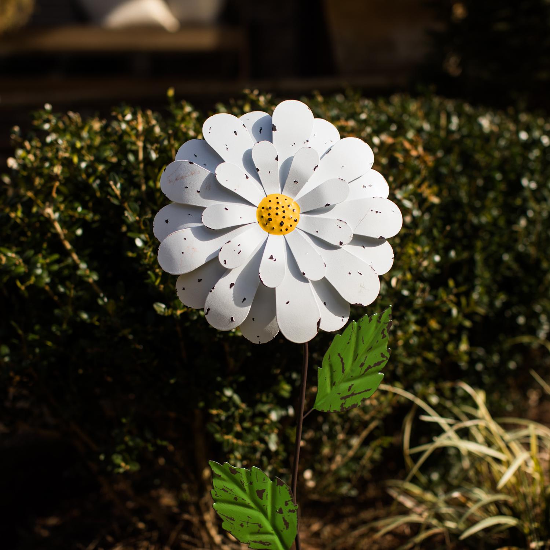 White Flower Yard Stake