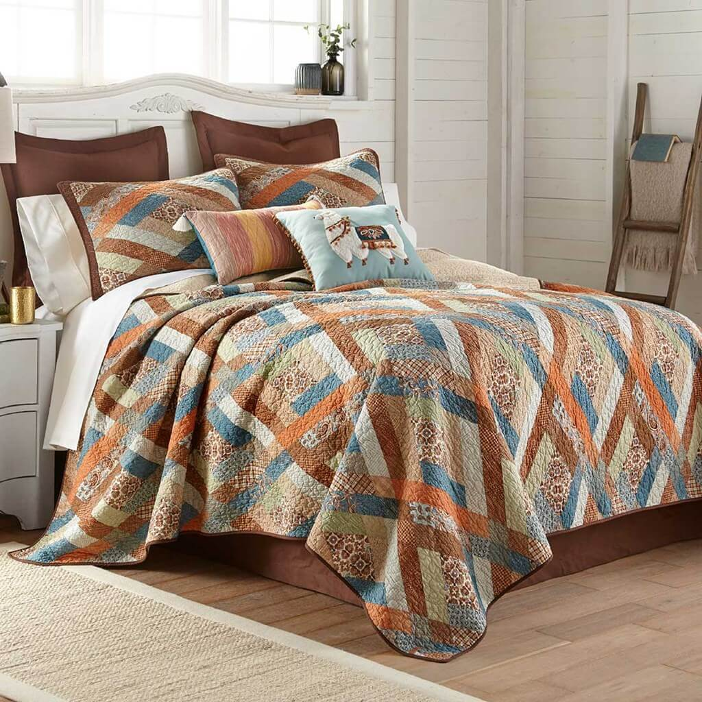 Quilts and Bedding by Donna Sharp King