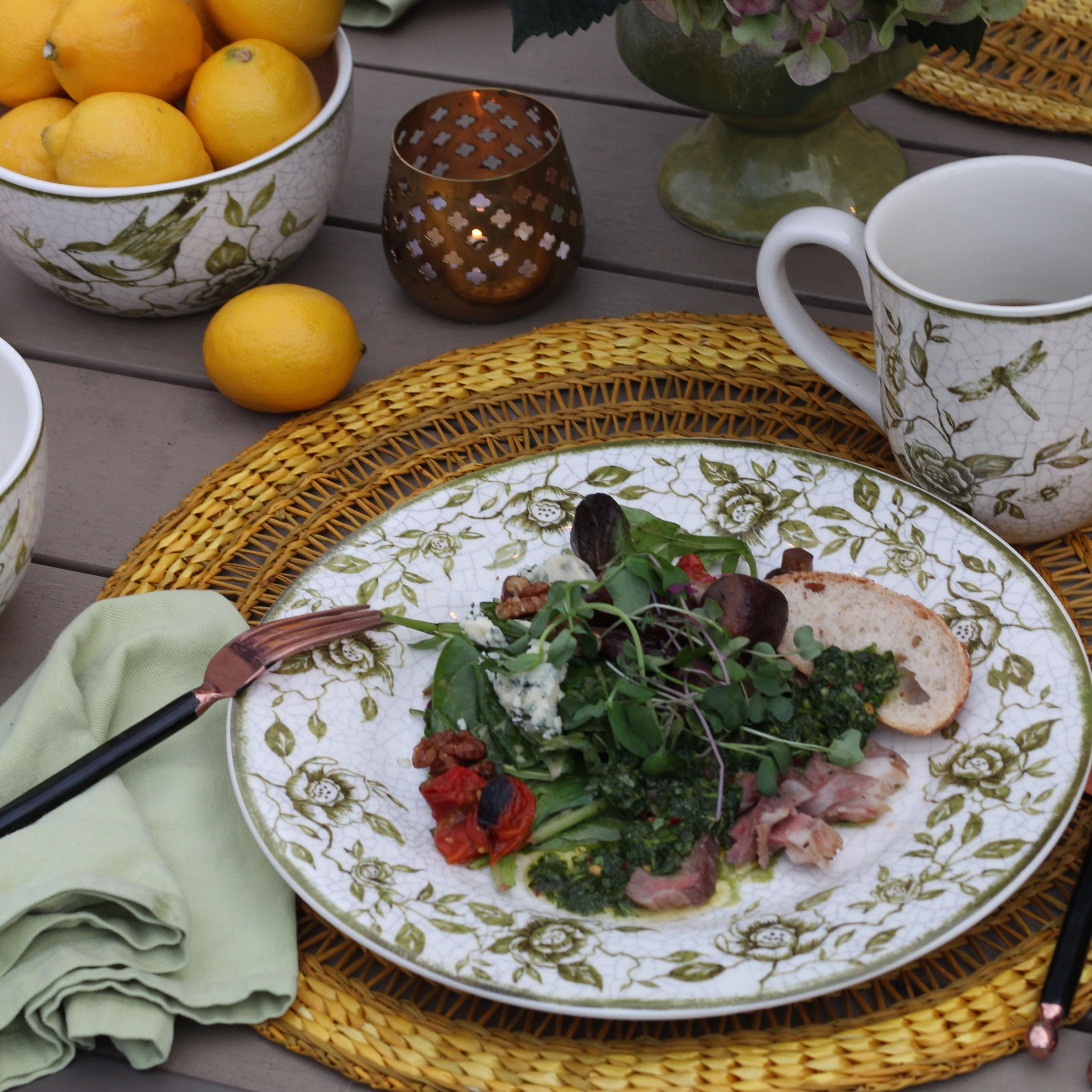 Nesting Garden Tableware