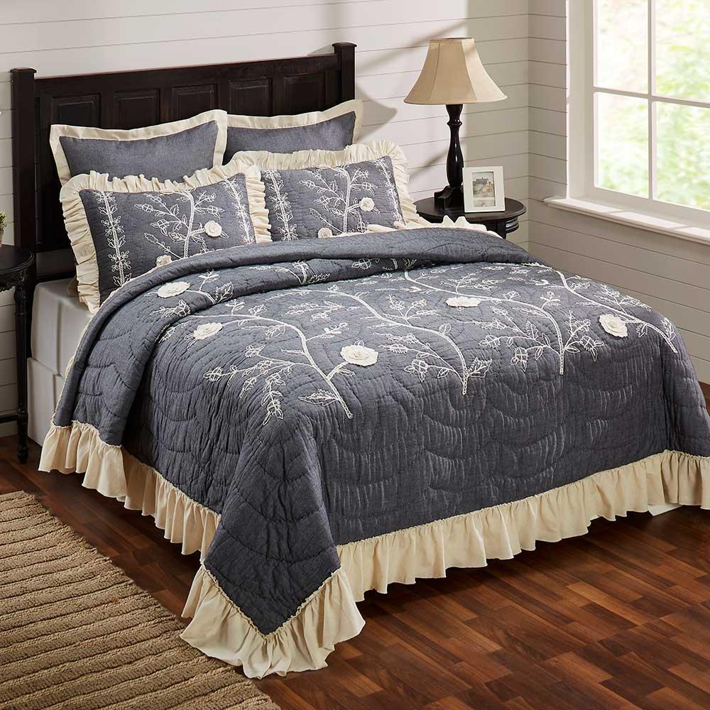 Leslie Quilt Bed Image